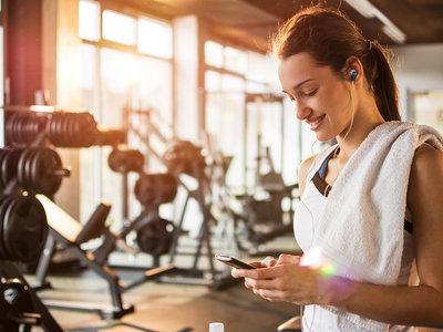 Los mejores auriculares para entrenar: ¿con cable o inalámbricos?