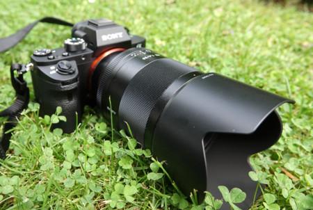 Así es el nuevo Sony Zeiss Planar T* FE 50mm F1.4 ZA: robusto y con una calidad a la altura de su precio