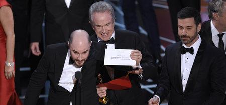 Los Oscar pasan por uno de los momentos más bochornosos de su historia. Y Twitter lo ha vivido así