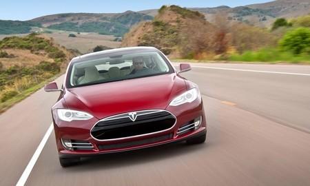 Tesla Model S de tracción integral para el próximo año (quizás)