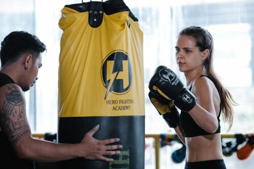 Empieza a practicar boxeo este curso: todo lo que sí y lo que no para iniciarte con éxito