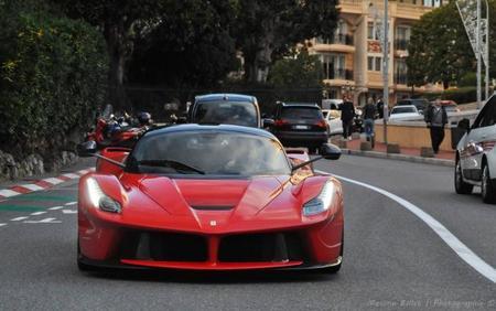 Fernando Alonso y Kimi Raikkonen tendrán un Ferrari LaFerrari si ganan