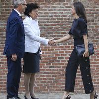 Si necesitas inspiración para tus outfits de trabajo, será mejor que eches una ojeada a la última propuesta de Doña Letizia Ortiz