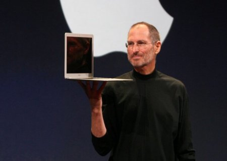 stevejobsmacbookair2.jpg