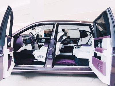 Los fabricantes de coches de lujo están viviendo una primavera: más millonarios, más ventas