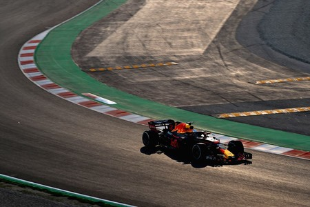 red-bull-test-barcelona