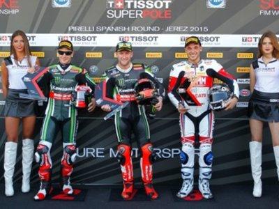 Tom Sykes se lleva la pole en la vuelta de vacaciones del Campeonato del Mundo de Superbikes