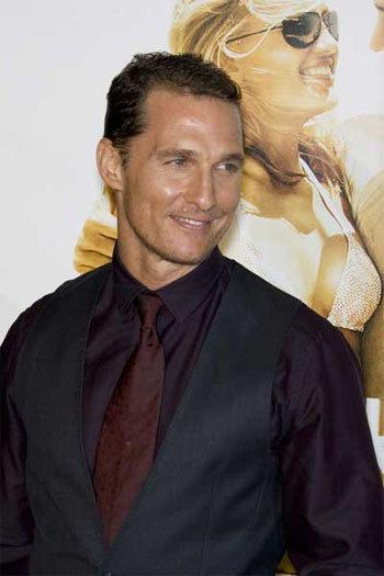 Matthew McConaughey, no sólo modelo sino ahora diseñador