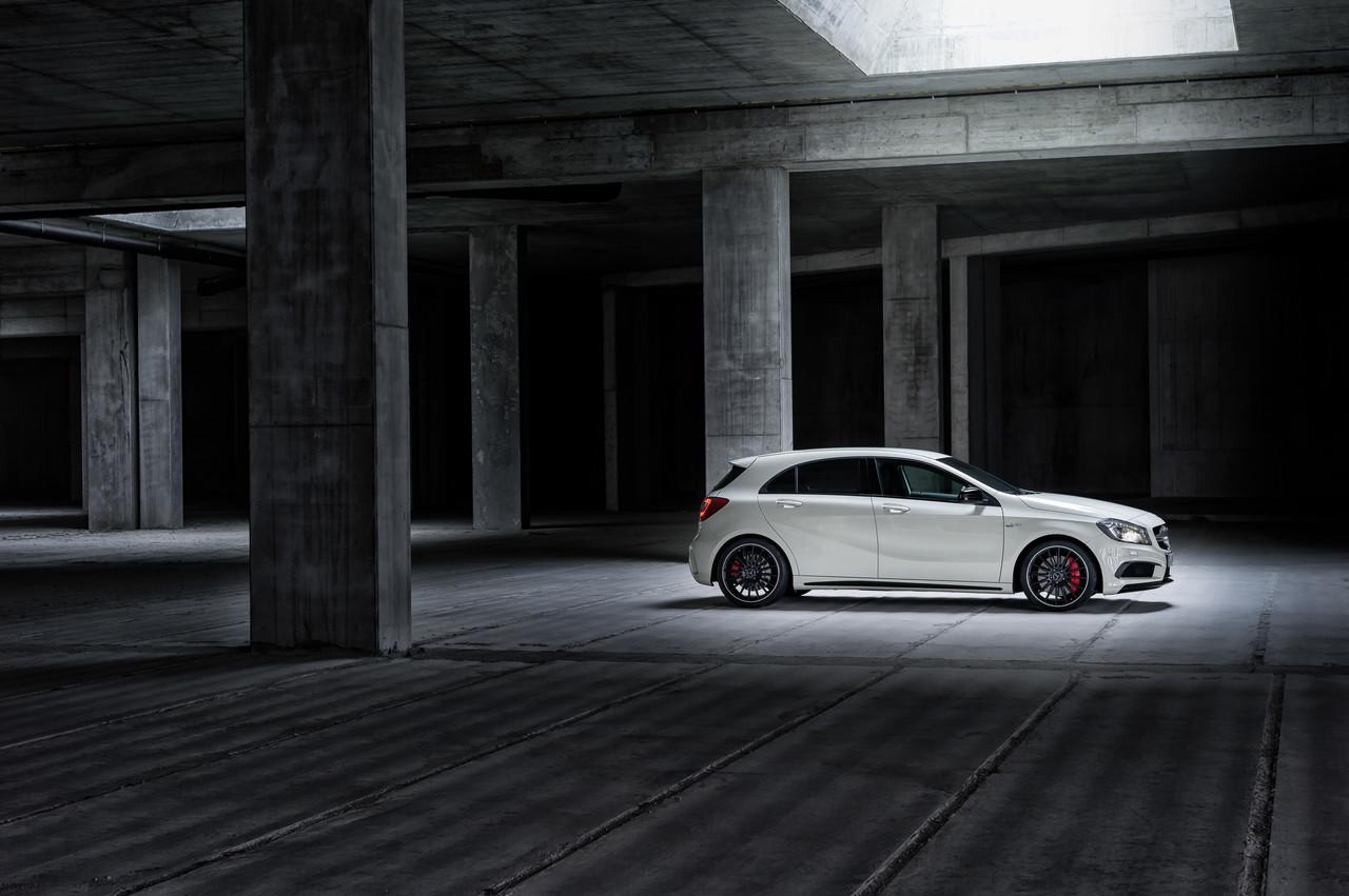 Foto de Mercedes-Benz A 45 AMG (7/24)