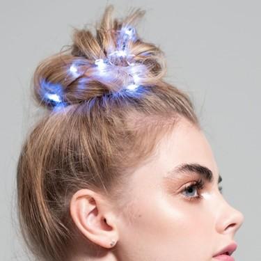 La propuesta más loca (pero con cierto rollo) para iluminar nuestro pelo esta Navidad nos la trae Sephora
