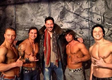 Anda que no le gusta a Joe Manganiello... ¡Ahora se lanza con un documental de strippers!