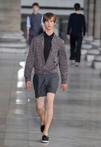 Foto de Dries Van Noten, Primavera-Verano 2010 en la Semana de la Moda de París (11/12)