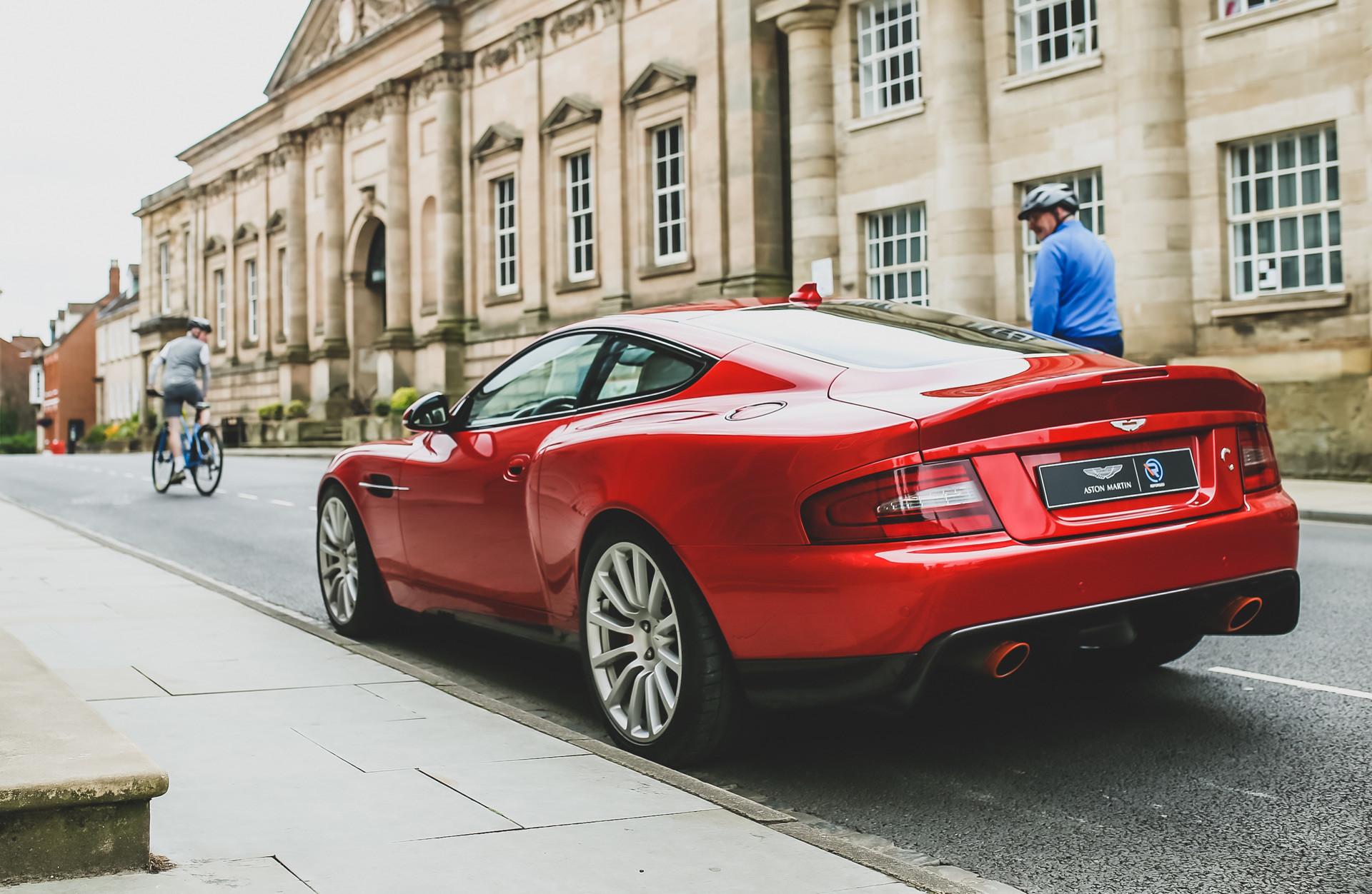 Foto de Aston Martin Vanquish Callum 25 by R-Reforged (13/19)
