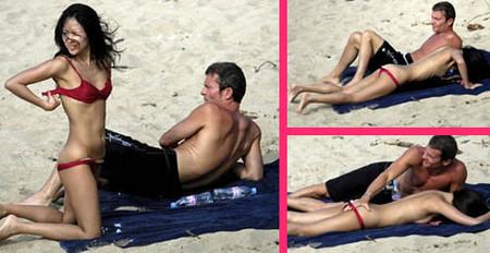 Zhang Ziyi pillada en la playa