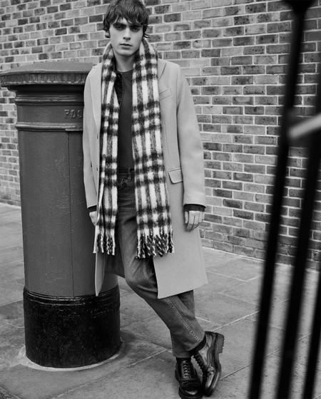 Lennon Gallagher Nos Introduce Los Abrigos Infalibles De Zara Para El Invierno En Clave Urbana 4