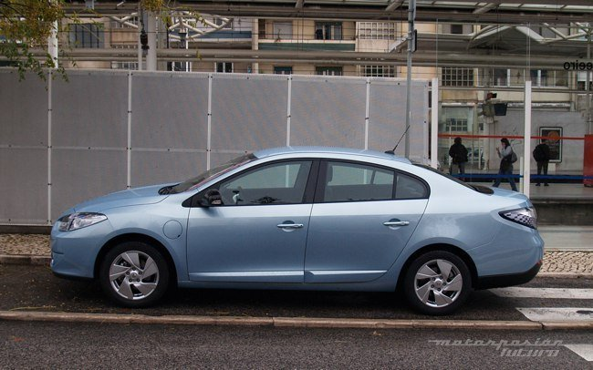 Renault Fluence Z.E. lateral
