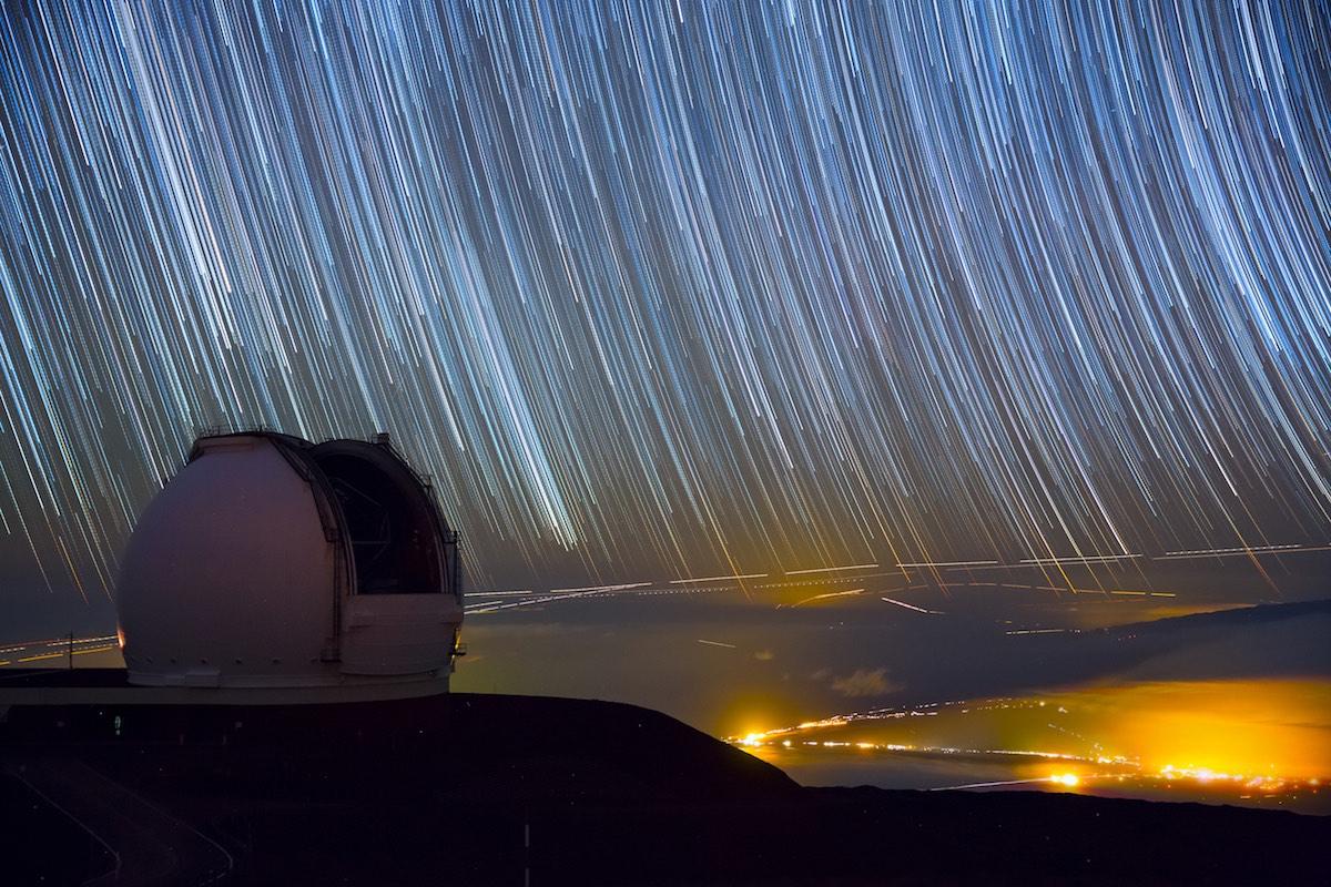 El hipnotizante cielo estrellado de hawai a trav s de un for 3 stelle arreda beinasco