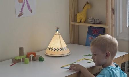 Adorables lámparas de Javier Herrero para Buokids inspiradas en tipis indios
