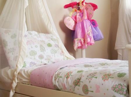 Mary Bedroom Make
