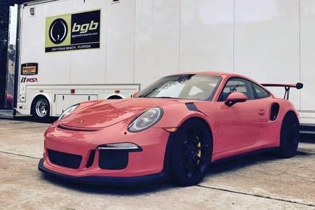 No le llames loco, llámale héroe. Rob Janev ha creado el único Porsche 911 GT3 RS manual del planeta