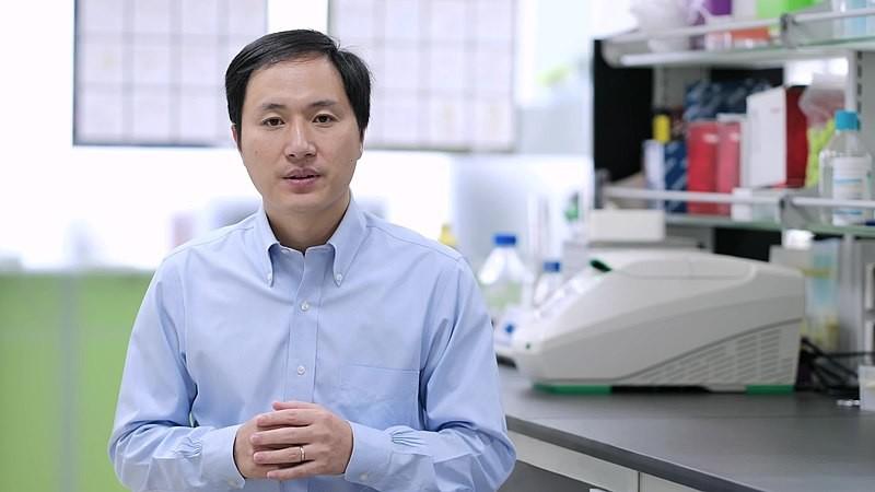 China contra He Jiankui: el averiguador de las gemelas modificadas genéticamente con CRISPR es inculpado de serias irregularidades