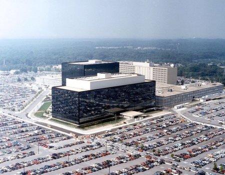 Obama pone a trabajar juntas a todas las agencias de seguridad para 'defender' EE.UU de las amenazas de la red