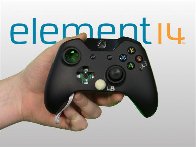 Modifican el mando de la última Xbox para poder jugar con una mano
