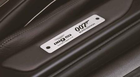 Aston Martin Db9 Gt Bond Edition 03
