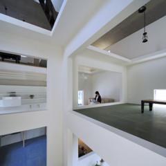 Foto 6 de 14 de la galería casas-poco-convencionales-viviendo-en-una-estanteria-gigante en Decoesfera