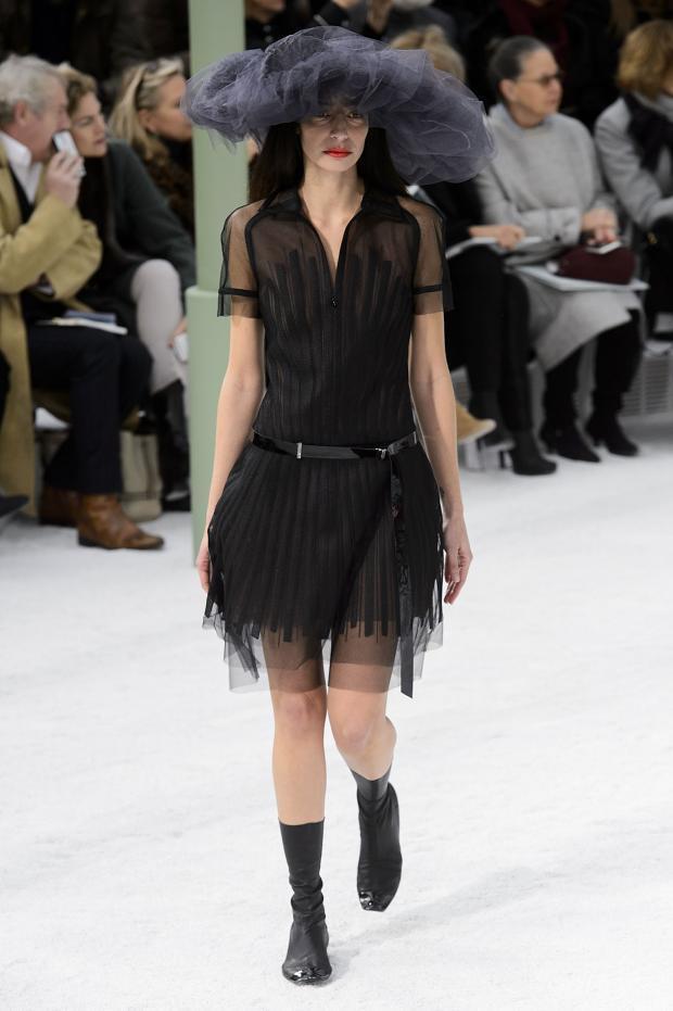 Foto de Chanel Alta Costura Primavera-Verano 2015 (26/73)