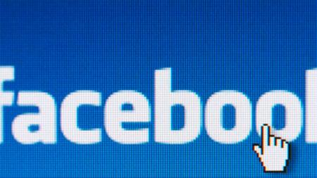 """Facebook es demandada por copiar la patente del botón """"Me gusta"""" de un fallecido"""