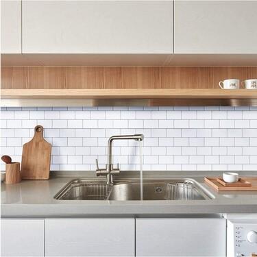 Estos vinilos autoadhesivos son ideales para darle un aire nuevo a nuestro baño, cocina o dormitorio sin necesidad de obras