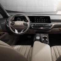 KIA K8 se convierte en el sedán más lujoso de la gama y por fin nos deja ver su innovador interior