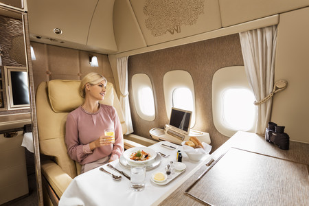 Emirates Airways Suite Lujo 4