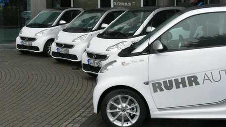 """Sigue la expansión del """"car-sharing"""" con vehículos 100% eléctricos"""