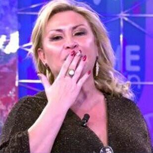 Raquel Mosquera da paso en 'Sálvame' a Pedro Piqueras con cara de 'mosquerado'
