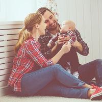 Hablar frecuentemente con tu bebé ayuda a impulsar el desarrollo de habilidades cognitivas