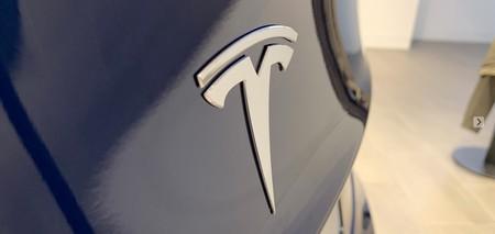 Tesla Model 3 Logotipo