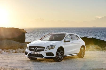 Mercedes-AMG GLA 45 2017: pocos cambios exteriores, pero los 381 CV siguen bajo el capó