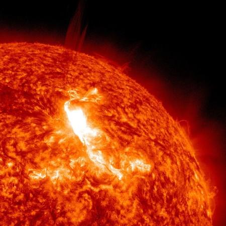 ¿Por qué nuestro sistema solar está lleno de temperaturas extremas tanto de frío como de calor?