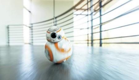 El pequeño Sphero BB-8 es el robot que todo amante de Star Wars probablemente querrá tener