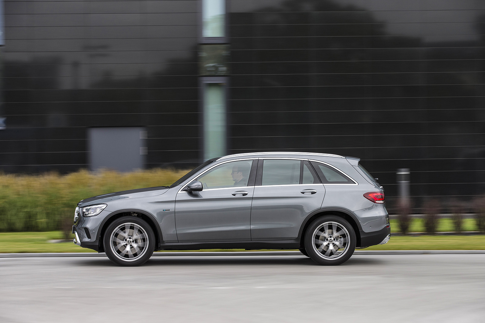 Foto de Mercedes-Benz GLE 350e y GLC 300e (8/26)