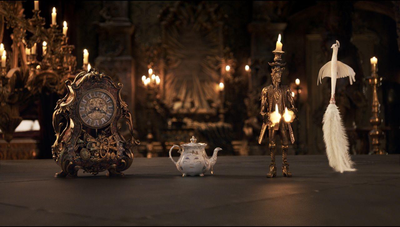 Foto de 'La bella y la bestia', imágenes oficiales de los protagonistas del remake (8/9)