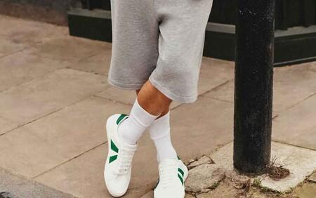 Clonados y pillados: Zara se apunta a 'reinterpretar' el icónico Stan Smith de Adidas para esta primavera
