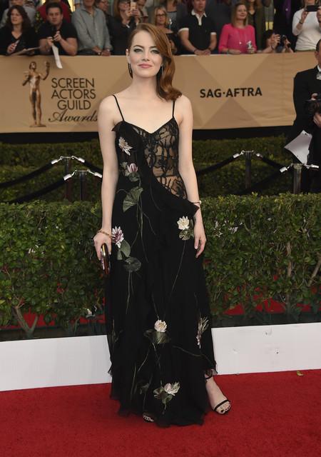 Emma Stone Mcqueen Sag Awards 2017 Look 2
