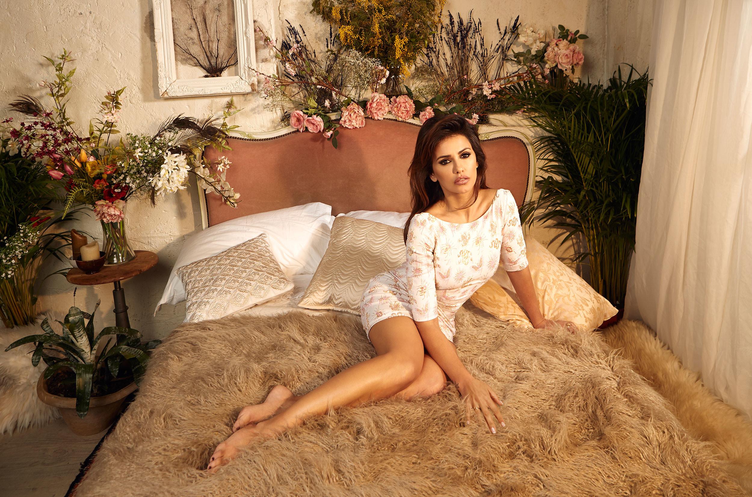 Foto de Mónica Cruz, más sexy que nunca, nos descubre una nueva firma de moda (2/10)