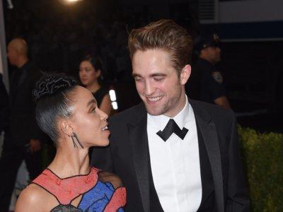 La Gala del MET 2015: Cuando Robert Pattinson posó con su novia en la alfombra roja