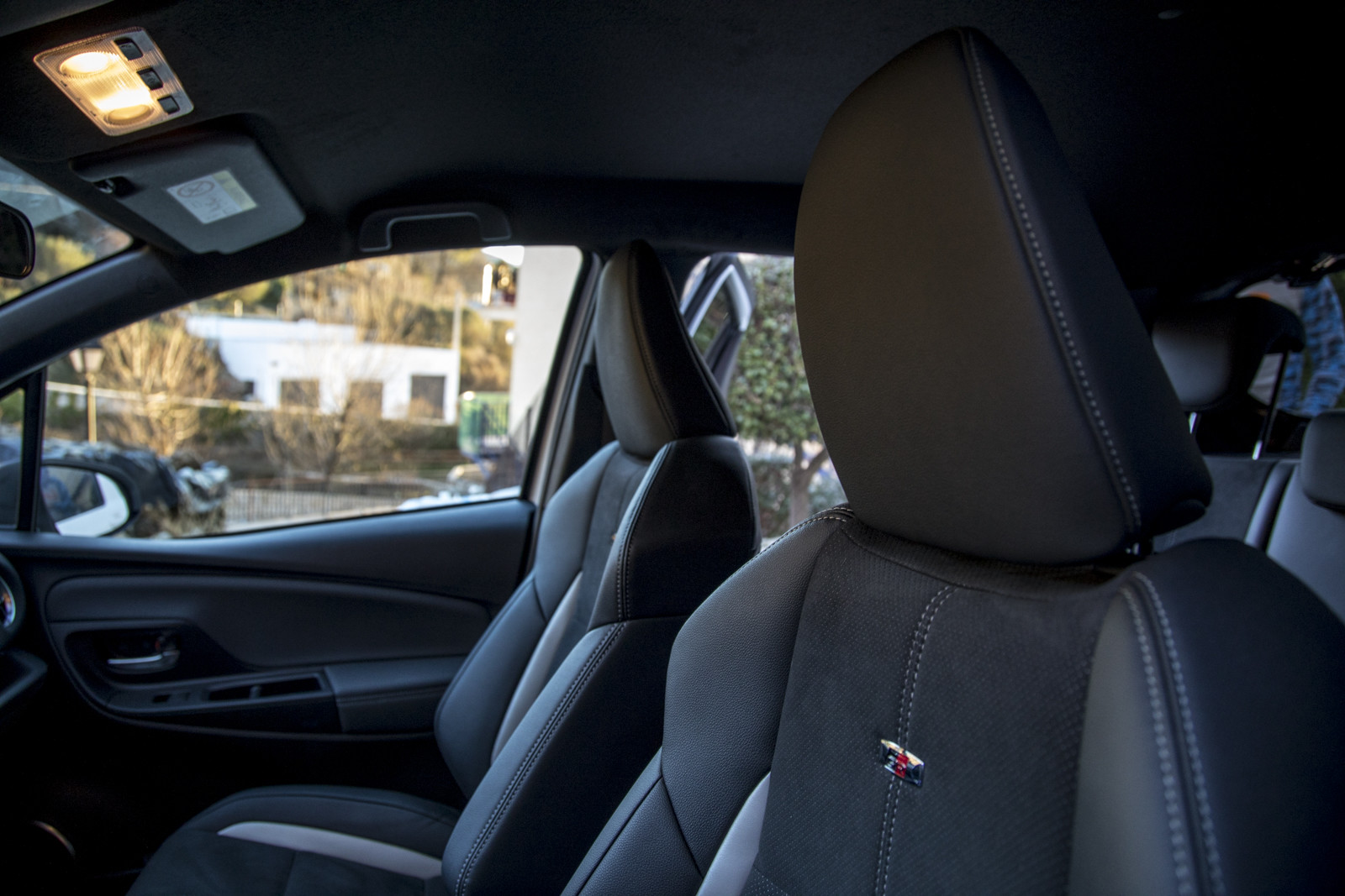 Foto de Toyota Yaris GR Sport - Interiores (19/23)