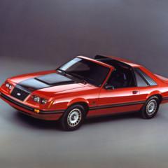 Foto 22 de 39 de la galería ford-mustang-generacion-1979-1993 en Motorpasión