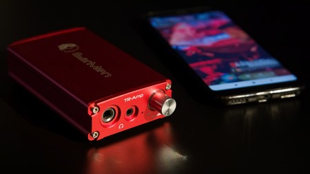Si necesitas más potencia para tus auriculares, el nuevo TR-Amp de EarMen de ofrece un DAC más amplificador de 400mW